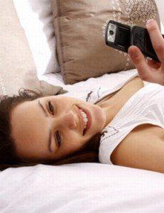 draguer par sms le retour. Black Bedroom Furniture Sets. Home Design Ideas