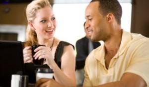 Comment Devenir Plus Intéressant aux Yeux des Femmes