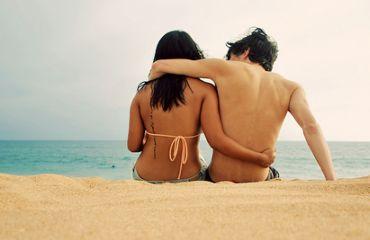 les amours de vacances Amours de Vacances : Belles Histoires ou Perte de Temps ?