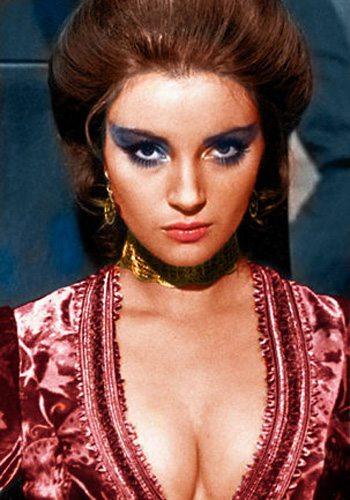 10 Jane Seymour Vivre et Laisser Mourir James Bond Girl : élisez la plus belle !