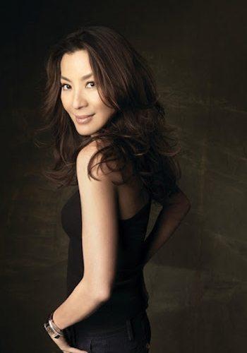 25 Michelle Yeoh Demain ne meurt jamais James Bond Girl : élisez la plus belle !