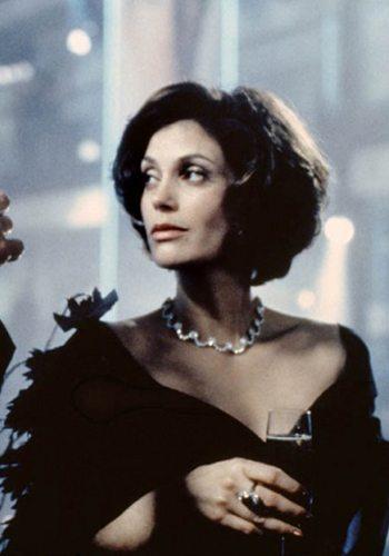 26 Teri Hatcher Demain ne meurt jamais James Bond Girl : élisez la plus belle !