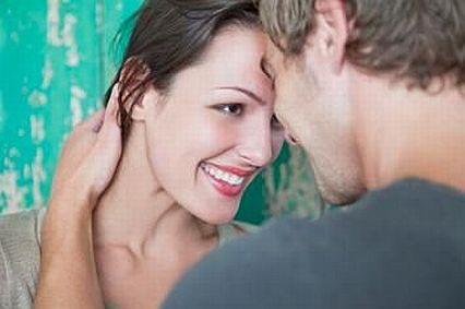 Complimenter une femme Comment Faire un Compliment à une Fille ? (leçons de flirt facile !)