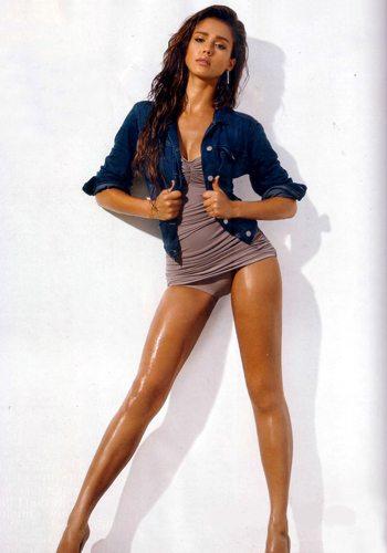 43 Jessica Alba Votez pour la Fille la plus Sexy de 2013 !