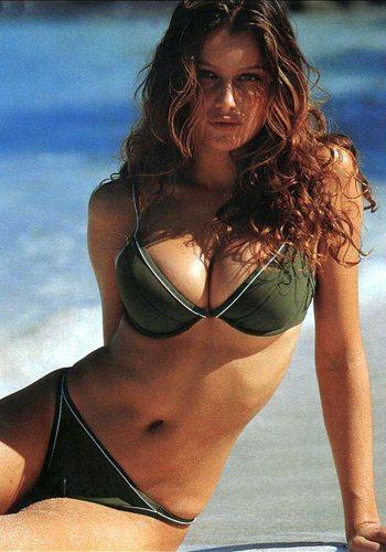 55 Laetitia Casta Votez pour la Fille la plus Sexy de 2013 !