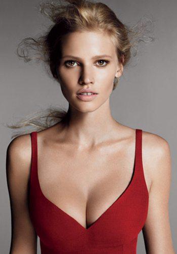 58 Lara Stone Votez pour la Fille la plus Sexy de 2013 !