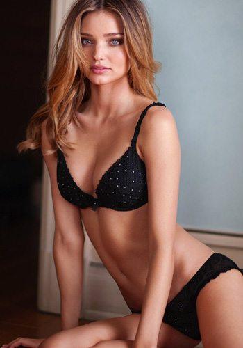 71 Miranda Kerr Votez pour la Fille la plus Sexy de 2013 !