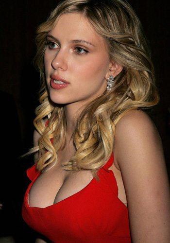 87 Scarlett Johansson Votez pour la Fille la plus Sexy de 2013 !
