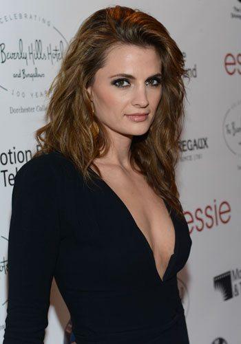 92 Stana Katic Votez pour la Fille la plus Sexy de 2013 !