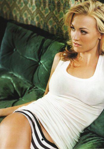 97 Yvonne Strahovski Votez pour la Fille la plus Sexy de 2013 !
