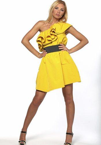Ariane Brodier Votez pour la Fille la plus Sexy de 2013 !