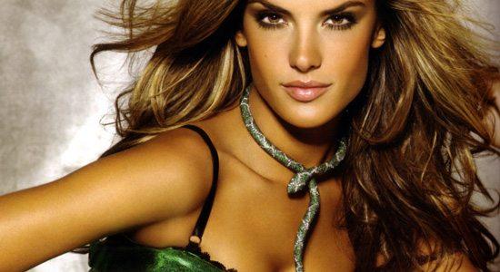 Alessandro ambrosio artdeseduire top10 2 Top 10 Babes du mois : Les Anges de Victorias Secret