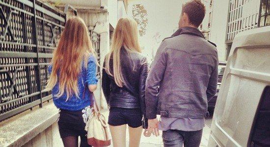 Aborder dans la rue PTS Les 10 meilleures phrases pour aborder une fille (by Paye Ta Shnek)