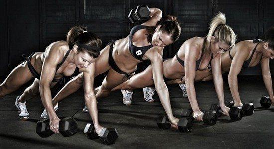 man makers 590x400 Prendre du muscle : entraînement polyarticulaire ou isolation musculaire ?