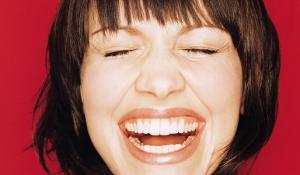 Comment-faire-rire-une-fille
