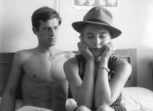 a bout de souffle 300x217 22 films de lovers pour séduire une fille sur votre canapé