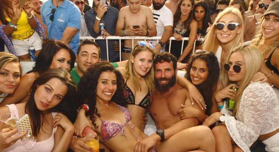 le clip de campagne de dan bilzerian 4446 2 Comment Draguer Une Fille En Terrasse dUn Café ?