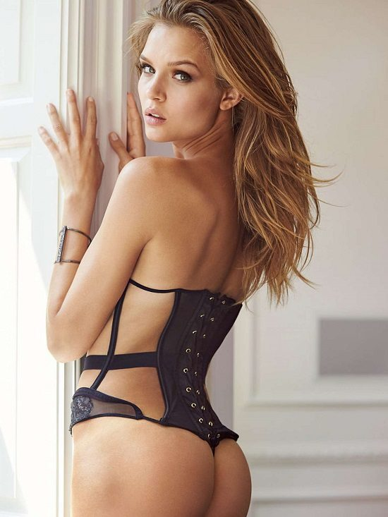 Joséphine Skriver Sexy Instagram2 Les 30 photos les plus Sexy de Josephine Skriver !