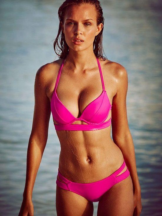 josephine skriver bikini pics victoria s secret december 2015 1 Les 30 photos les plus Sexy de Josephine Skriver !