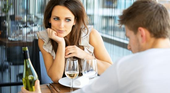 savoir si on plaît1 Attirance Sexuelle et Physique : Comment Savoir Que Vous Plaisez Aux Filles ?