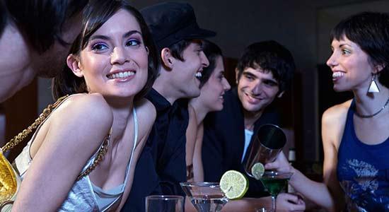 bar-club-aborder-femme