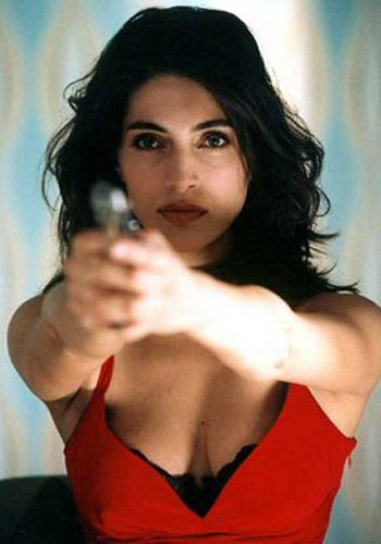 33 Caterina Murino Casino Royale James Bond Girl : élisez la plus belle !