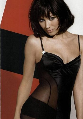 34 Olga Kurylenko Quantum of Solace James Bond Girl : élisez la plus belle !