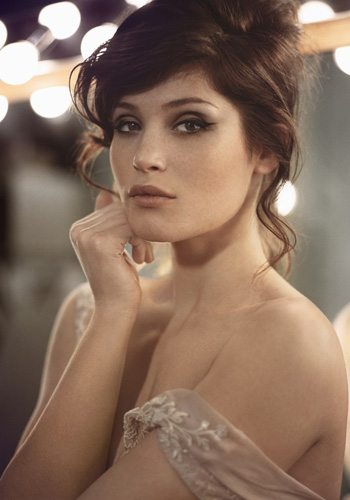 35 Gemma Arterton Quantum of Solace James Bond Girl : élisez la plus belle !
