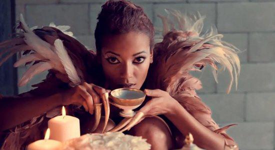 Selita-Ebanks-Artdeseduire-top10 (2)