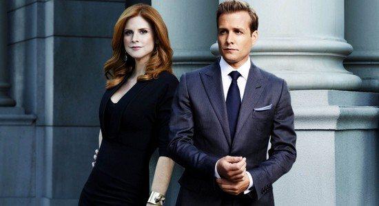 Donna-Harvey-suits-32658923-1920-1080