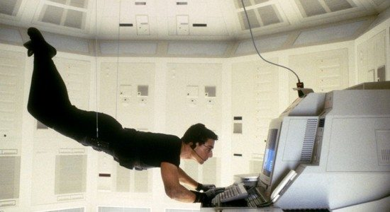 tom cruise dans le film mission impossible 7180031qvrgt Faut il Espionner sa Copine quand on est en Couple ?