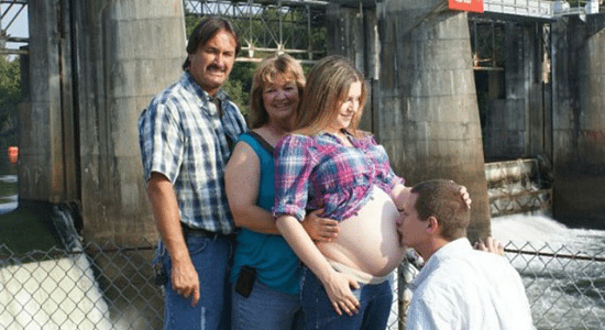femme enceinte photo cover Les Pires Photos de Grossesse (attention les yeux !)