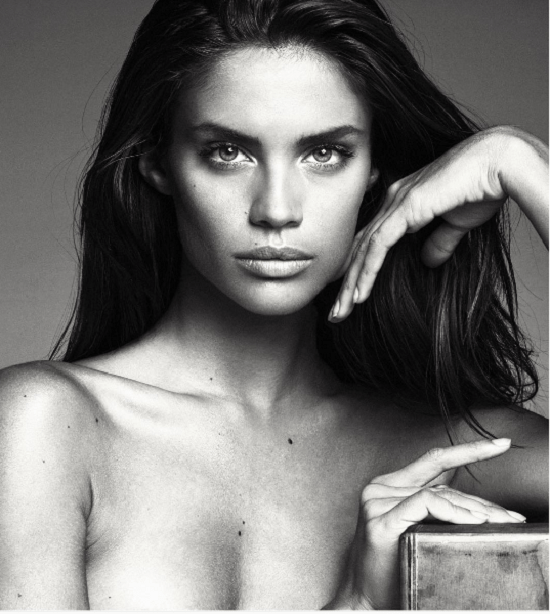 SaraSampleoInstagram Les 30 photos Instagram les plus Sexy de Sara Sampaio
