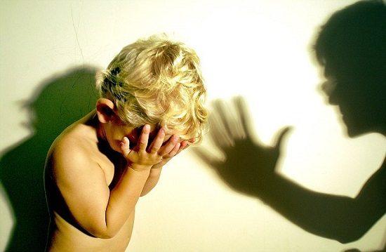Parents cause du manque de confiance en soi
