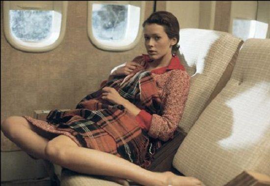 Emmanuelle et son quickie dans l'avion