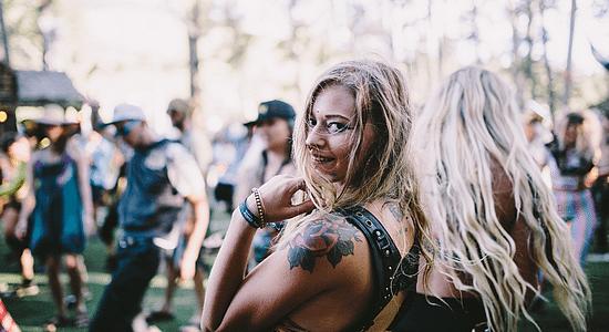 draguer-pendant-un-festival