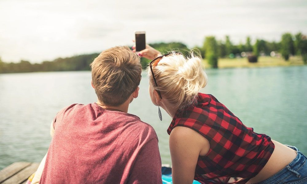 comment draguer une fille quand on est en couple