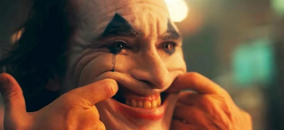 sourire derrière le masque